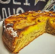 torta di mele e crema pasticcera fatto in casa da benedetta torta alle mele e cannella con crema pasticcera il gusto di andre