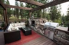outdoor küche design outdoor k 252 che mit naturstein verkleidung und edelstahl