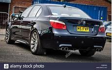 bmw m5 e60 kaufen die r 252 ckseite eines bmw m5 e60 sport auto stockfoto bild