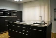 küche schwarz matt moderne k 252 che schwarz matt modern k 252 che k 246 ln
