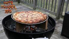 pizza au barbecue weber the best grilled pizza pizza on a weber grill bbq