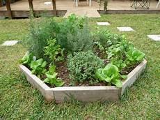 Herb Garden Design by Best 20 Herb Garden Design 2017 Allstateloghomes