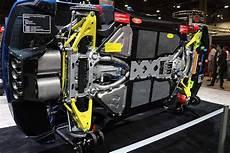 個性的な車を偏見で紹介するbot On Quot 新型コルベットc8が話題だけど 先代c7 コルベットの