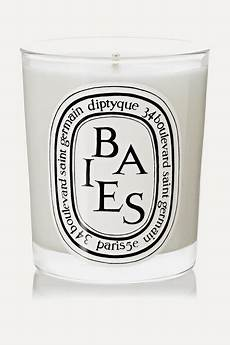 diptyque candele diptyque baies scented candle 70g net a porter