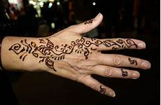 Terkeren 27 Tato Henna Tangan Simple Gambar Tato Keren