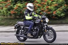 2016 Triumph Bonneville T120 Black Test Ride