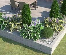 beet mit steinen anlegen beet ganz einfach anlegen gestalten zahrada garten