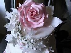 immagini torte con fiori decorazione torta con vari fiori