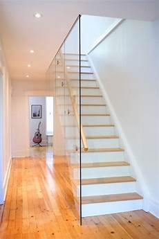 Treppe Mit Glaswand - 20 glass staircase wall designs with a graceful impact on