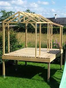 construction cabane bois modele de cabane en bois cabanes abri jardin
