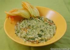 risotto con zucchine e fiori di zucca risotto alle zucchine e fiori di zucca la ricetta di