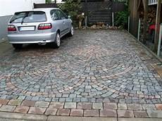 pflastersteine für einfahrt einfahrt pflaster vorgarten walkway patio und