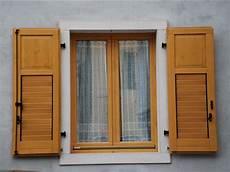 persiane legno riparazione e ristrutturazione persiane e antoni in legno