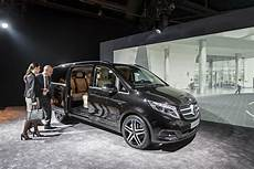 mercedes 6 places mercedes v class w447 officially unveiled image 225734