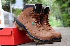 jual sepatu boots pria kickers safety sepatu proyek lapangan kerja promo terbaru di lapak