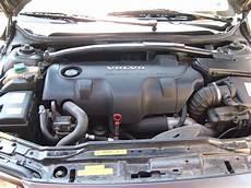 Volvo D5 Motor - file volvo d5 jpg