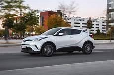 2017 toyota c hr 1 8 hybrid review autocar