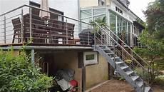 Terrassen Treppen In Den Garten - gel 228 nder und treppe f 252 r terrasse und garten metall