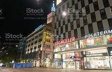 late night shopping stuttgart stuttgart night street with large retail brands noen