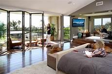 glaswand wohnzimmer fassadengestaltung bilder ideen couch