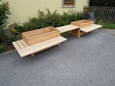 Blumenkasten Und Sitzbank Aus Holz Gartenb 228 Nke Und