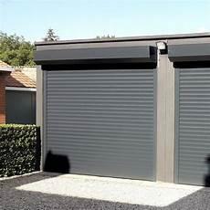 porte de garage enroulable en aluminium sur mesure et