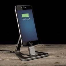 ladestation iphone 4 veho minimal charging station for iphone gadgetsin