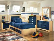 Small Bedroom Furniture Solutions