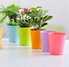 vasi in plastica colorati fioriere plastica vasi fioriere e vasi di plastica