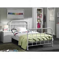 lit design 120x200 cm en m 233 tal coloris blanc lit enfant
