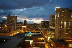 where to stay your denver family vacation chicago tribune