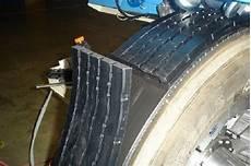 duree de vie d un pneu augmenter la dur 233 e de vie des pneus gr 226 ce au recreusage et au rechapage environnement eci