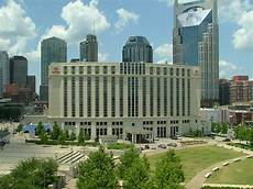 hotels located in downtown nashville