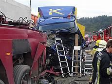T 246 Dlicher Lkw Unfall Auf Der A9 Steiermark Orf At