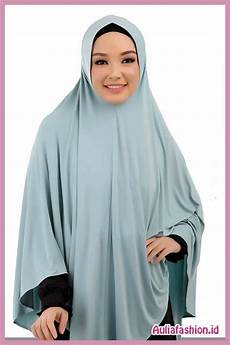 Bagaimana Sih Model Jilbab Untuk Wajah Bulat Yang
