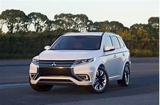 Mitsubishi Outlander Phev Concept S Is A Striking Suv