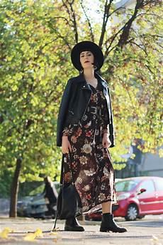 vestito con fiori autunnale con vestito lungo a fiori in stile boho chic