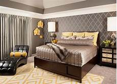 Yellow And Grey Wallpaper Bedroom Ideas by Grey And Yellow Bedroom Interior Trendy Color Scheme For