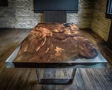 brute de décoffrage les meubles en bois brut sont une touche nature pour