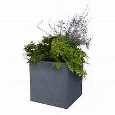 Le Pot De Fleur Carr 233 En Plastique Bas 31l Jardin Et Saisons