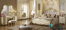Interior Kamar Tidur Utama Mewah Terbaru Klasik Ukir