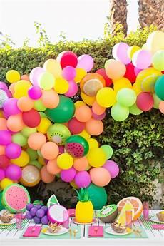 diy fruit balloon garland mit bildern diy dekoration