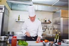 Le Parcours 224 Suivre Pour Devenir Chef Cuisinier