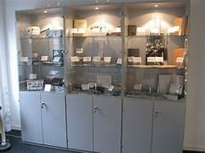 holzblasinstrument mit 23 löchern gr 252 ndung des historischen archivs historisches archiv