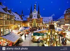 weihnachtsmarkt in wernigerode stockfoto bild 276497024