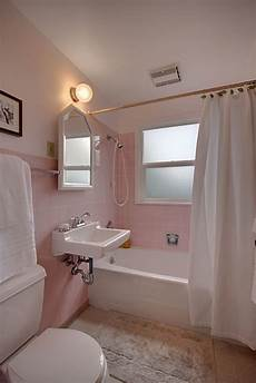 pink tile bathroom ideas what is the paint color above the pink tiles