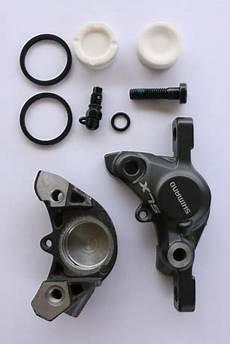 piston etrier de frein qui ne revient pas r 233 glages et entretien d un frein 224 disque hydraulique vtt