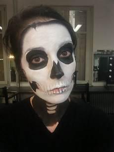 tuto comment faire un maquillage squelette