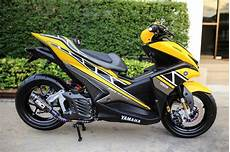 Modifikasi Motor Aerox by Modifikasi Yamaha Aerox Kuning Sing Kanan Warungasep