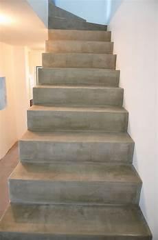 Escalier Vernis Apr 232 S Ragr 233 Age Escalier Beton Escalier